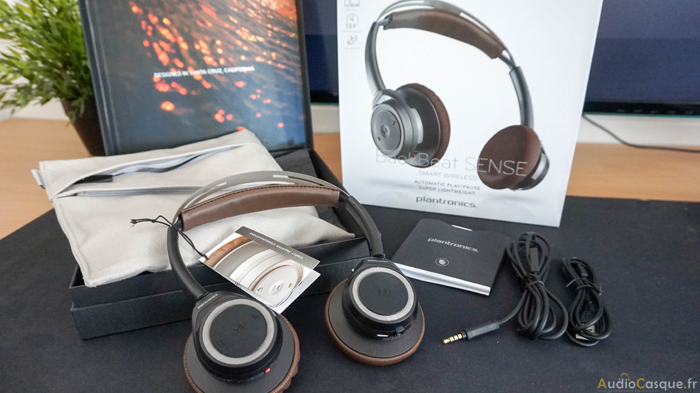 Unboxing Plantronics BackBeat Sense