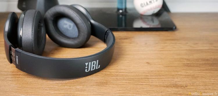 Casque Bluetooth Circum-Auriculaire de chez JBL