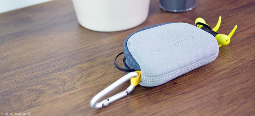Pochette zippée pour écouteurs sans fil