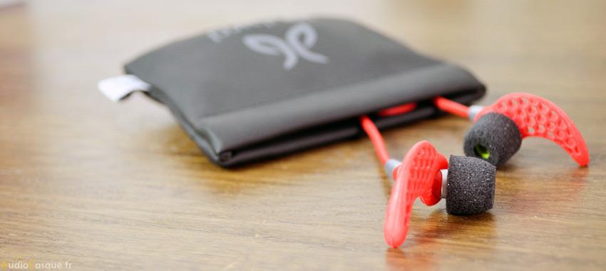 Pochette de transport écouteurs pour le sport