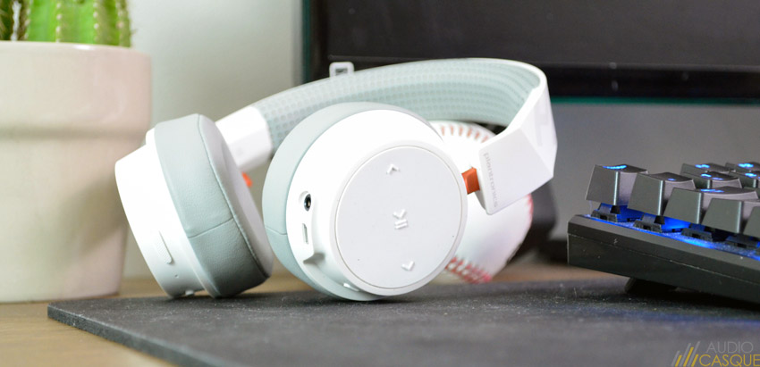 Il s'agit probablement de l'un des meilleurs casques Bluetooth et sans-fil disponible à moins de 100€