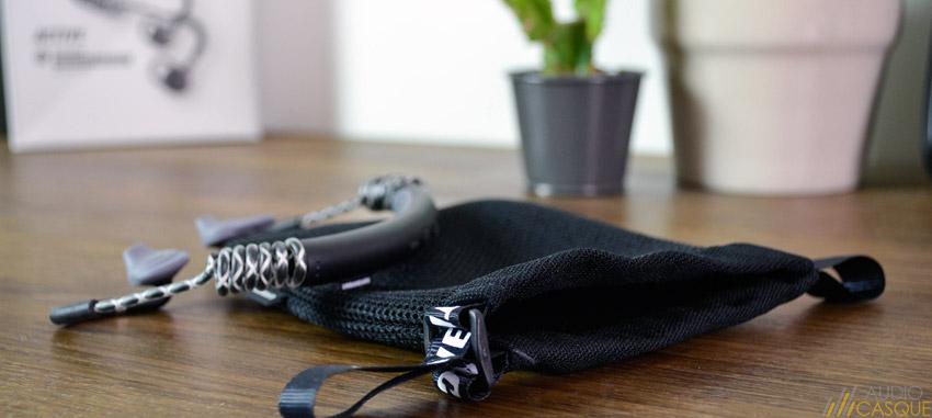 Pochette de protection pour protéger ses écouteurs de sport
