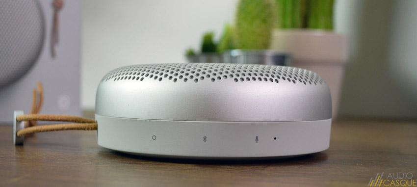 Zoom sur les boutons de l'enceinte Bluetooth BeoPlay A1