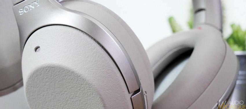 Casque audio avec commandes tactiles