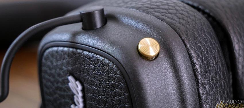 Le casque se commande d'un seul et même bouton