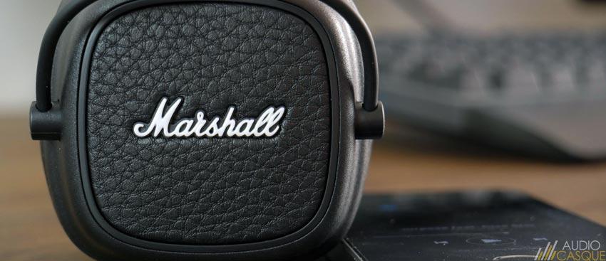 Casque Bluetooth au style vintage