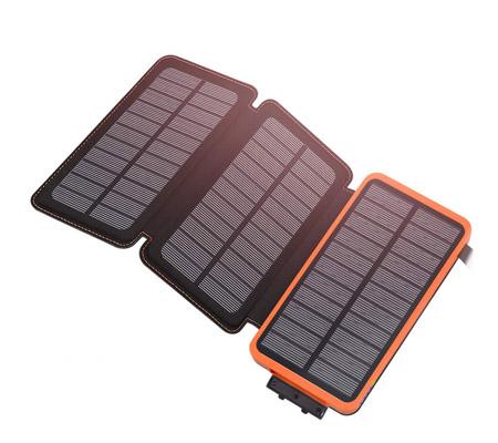 Une batterie externe avec panneaux solaires intégrés