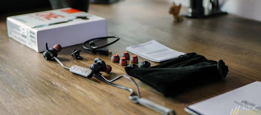 Unboxing des écouteurs Creative Outlier One Plus