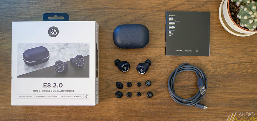 Unboxing des BeoPlay E8 2.0